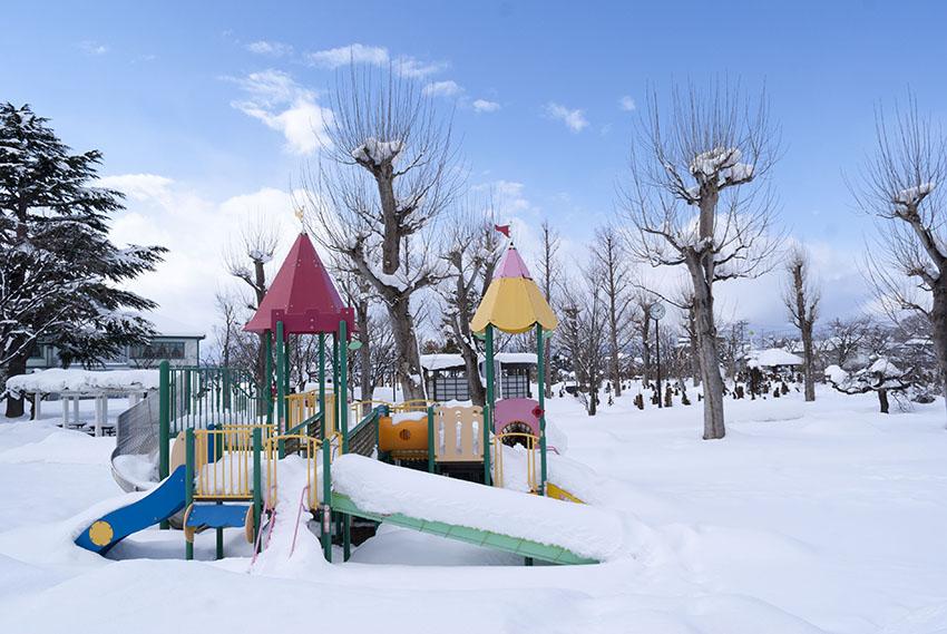 雪解けの春が待ち遠しいですね